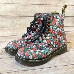 Rare Urban Outfitters exclusive floral Doc Martens